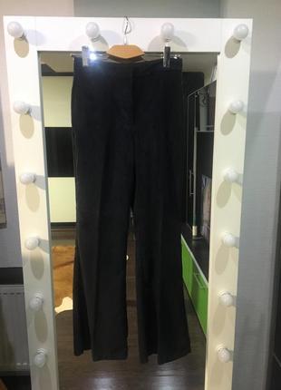 Актуальные и модные брюки zara