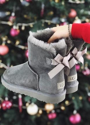 Ugg bailey bow mini grey  натуральные женские зимние сапоги угги серые зима овчина