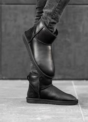Ugg classic mini black leather натуральные женские зимние сапоги угги чёрные зима овчина