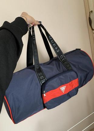 Спортивная, дорожная сумка guess( унисекс)