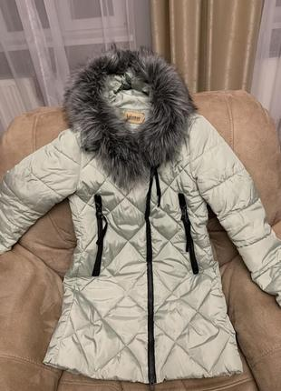 Демисезонная куртка цвета мяты (фото не передало цвет)