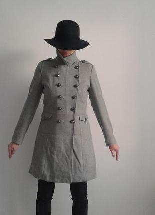 Стильное пальто милитари tophop