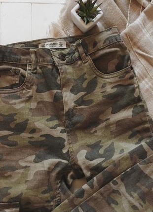 Камуфляжні джинсові штани