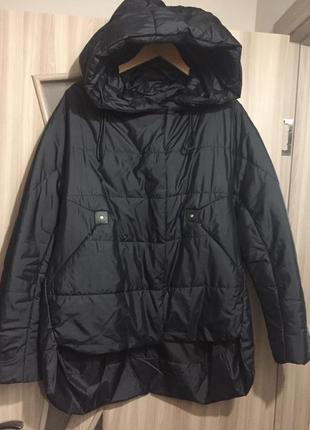 Женская куртка с удлиненной спинкой. можно для беременной