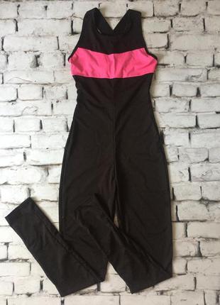 Женский комбинезон в обтяжку черно розовый комбез