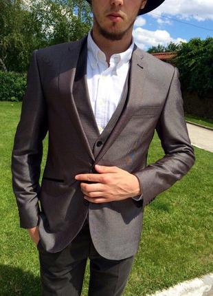 Мужской классический костюм tailor&wright
