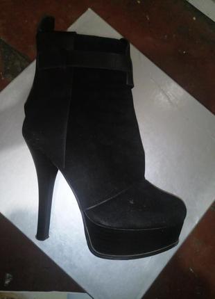 Ботильоны на шпильке ботинки