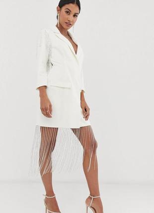 Кремово-біла сукня як піджак з бахромою із бісера