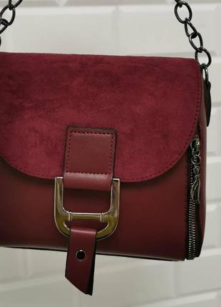 Новая женская сумка клатч через плечо бордовая марсалла под кожу под замшу