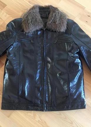 Куртка кожа лакованая,натуральная опушка