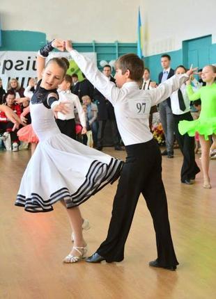 Платье (бейзик) для бальных танцев