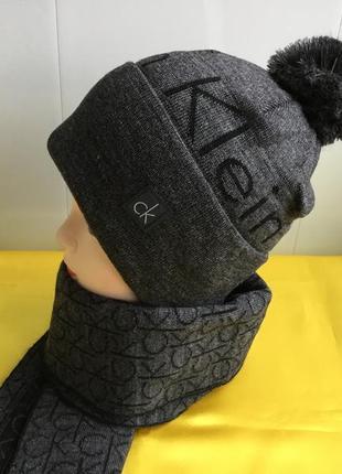Шапочка и шарфик calvin klein комплект новый