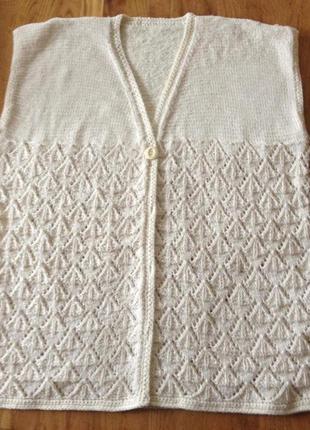 Жилет вязаний