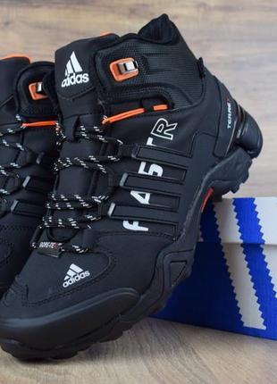 Adidas fastr черные с оранжевым зимние мужские ботинки с мехом
