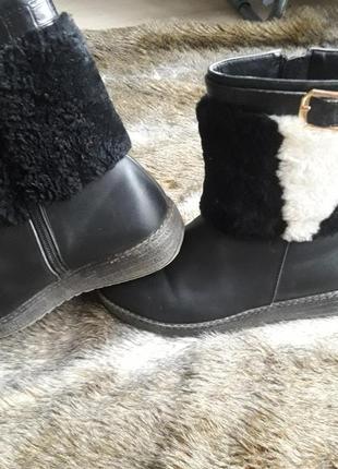 Шкіряні чобітки на дівчинку 35р