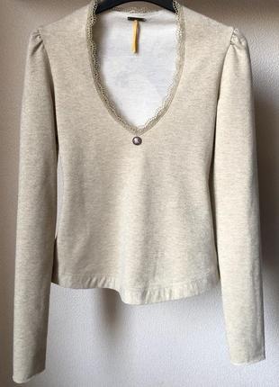 Женственный пуловер / лонгслив fornarina