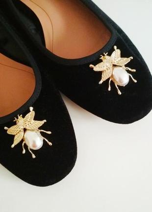 Бархатные туфли лодочки в стиле gucci с жуками zara