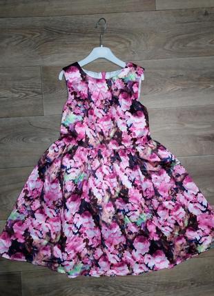 Платье в цветочек яркое цветное
