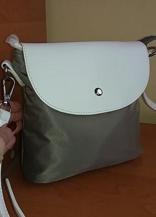 Оригинальная сумочка от французского бренда david jones