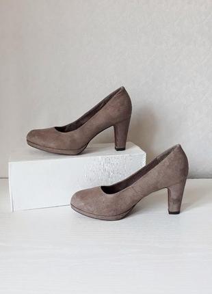 Роскошные замшевые туфельки от tamaris