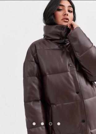 Asos  longline leather look puffer coat in chocolate пуховик асос шоколадний эко кожа