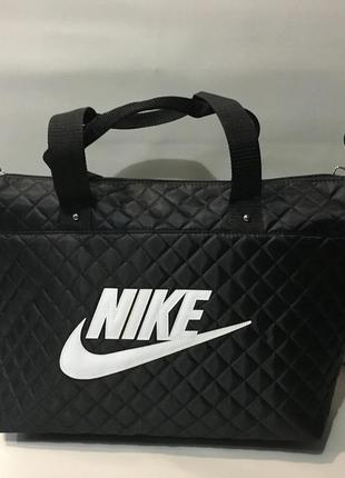 Якісна жіноча сумка. большая и качественная женская сумка из болоньи.