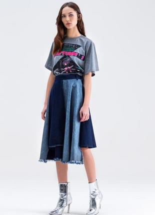 Итальянская джинсовая ассиметричная юбка длины миди