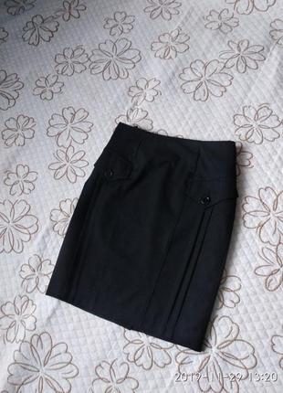 Чорна спідниця юбка.