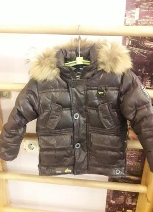 Теплая курточка на мальчика