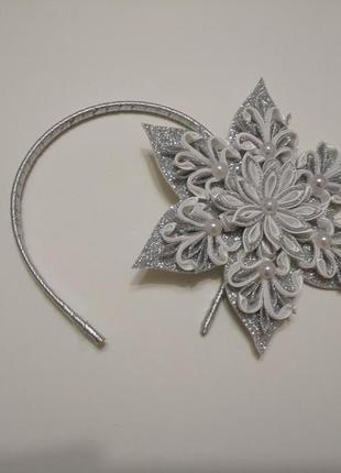 Обруч к карнавальному костюму снежинка серебристая