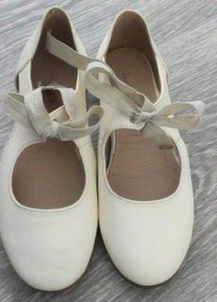 Туфлі zara, 29 розмір, шкіра.