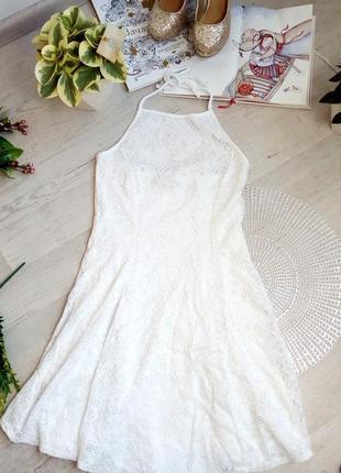 Шикарное вечернее выпускное платье на маленькую худенькую девушку белое кружево