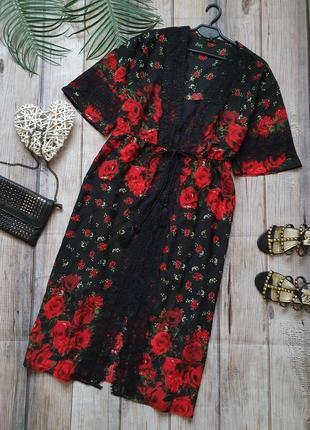 Розкошное платье двойка с кружевом в принт розы