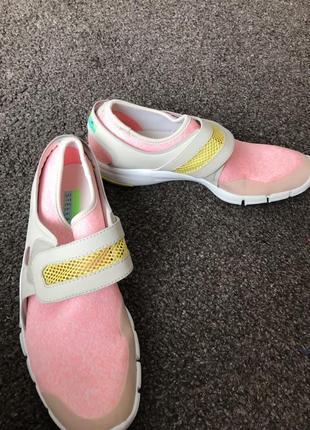 Продам adidas stella mccartney  39й р 25 см  кроссовки adidas&stella mccartney