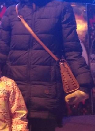 Очень теплая зимняя удлиненная куртка