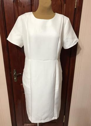 Платье-футляр на 50-52р