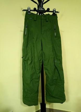 Зеленые лыжные штаны/полукомбинезон helly hansen