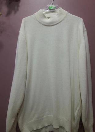 Кашемировый свитер молочного цвета
