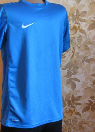 Футболка nike dri-fit authletic