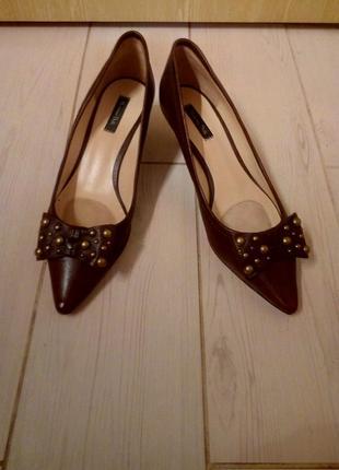 Фирменные,новые,оригинал туфли италия