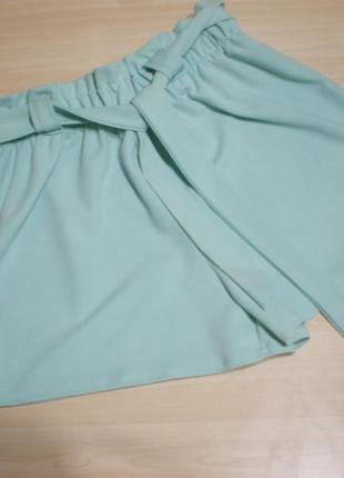 Продам фирменные летние шорты