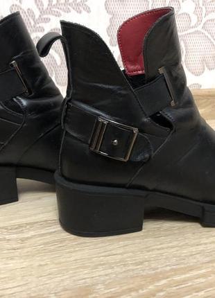 Демисезонные весенние ботинки