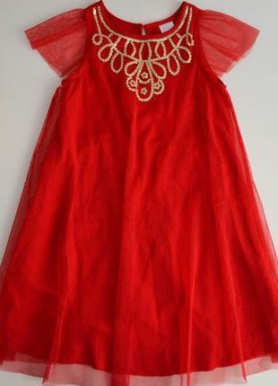 Нарядное платье на 5-6л