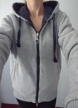 Классная куртка на две стороны (италия), спортивная,  р.м синяя-серая