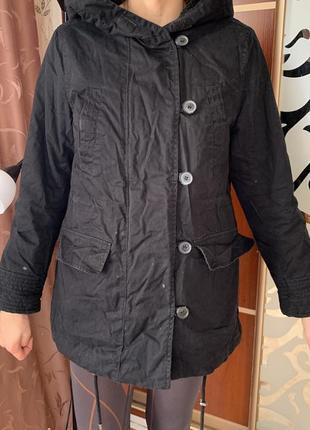 Парка женская чёрная демисезон осень весна с капюшоном куртка плащ