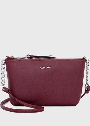 Женская бордовая сумка через плечо calvin klein chainlink