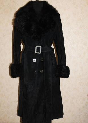 Длинное кожаное замшевое  пальто с меховым воротником недорого распродажа