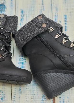 Ботинки, полусапожки на платформе. отлично носятся. распродажа склада.