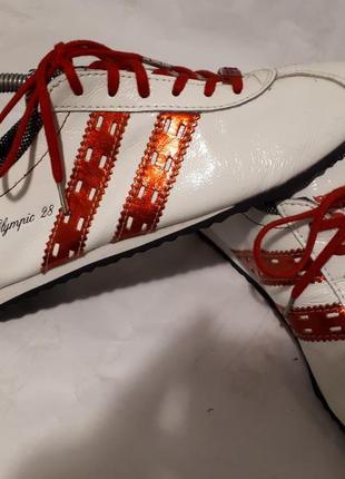 Белые легкие гламурные кроссовки мокасины из кожи el tempo испания новые