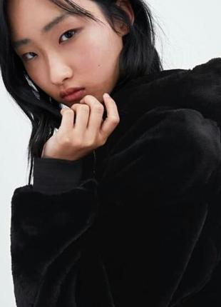 Новая коллекция от zara курточка -шубка